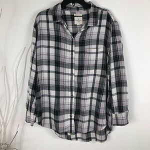 AMERICAN EAGLE OVERSIZED FIT SIZE XL